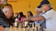 Yaşlı Evi'nde Satranç Turnuvası