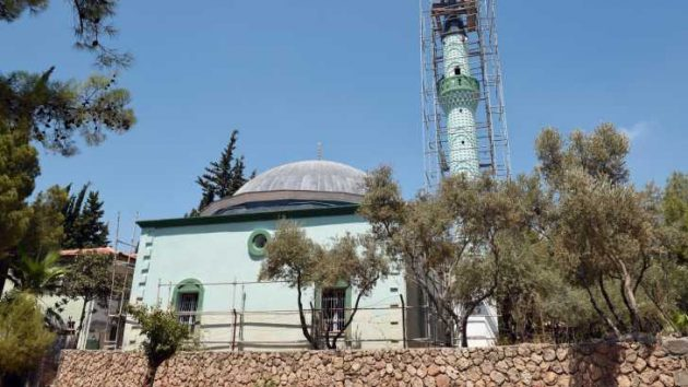 Dokumacıların Parasıyla Yapılan Cami Yenileniyor